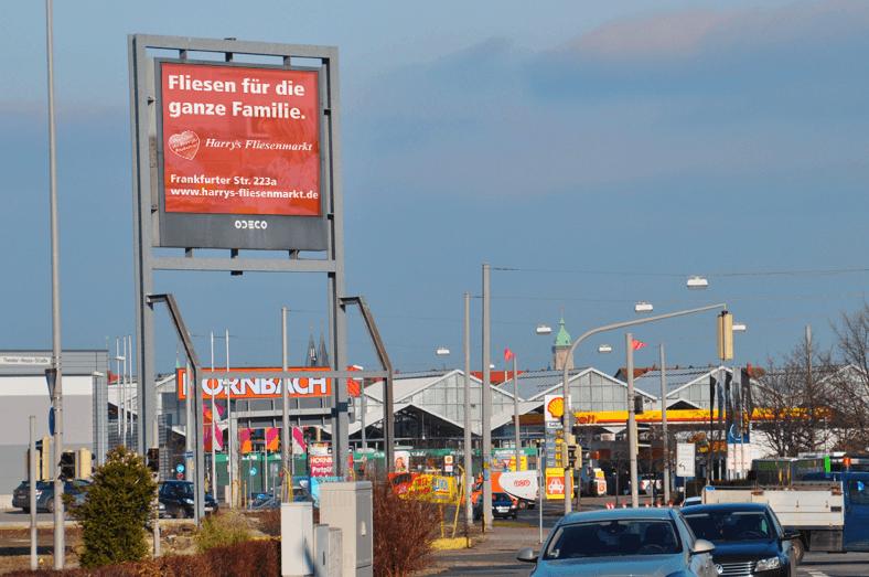 Harrys Fliesenmarkt Braunschweig testet Digital Signage